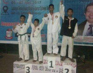 Atlet taekwondo Luwu yang meraih emas di Makassar.